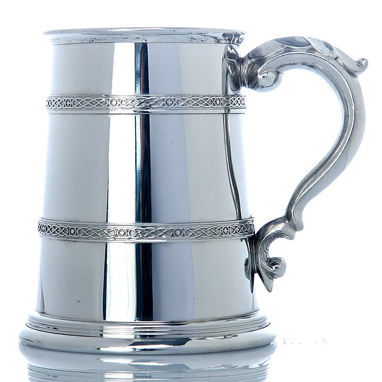 Pewter One Pint Tankard - Campbell