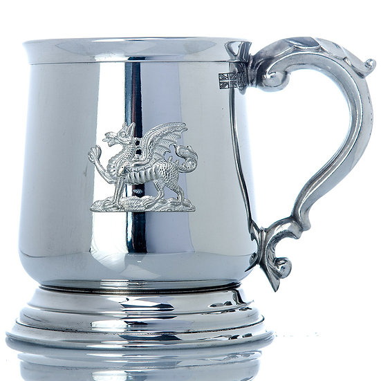 Pewter One Pint Heavy Tankard - Dragon