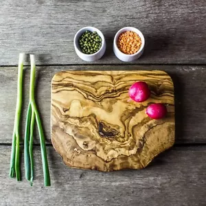 Olive Wood Chopping Board, Small (price includes engraving)