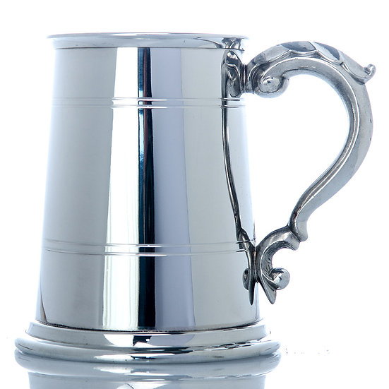Pewter One Pint Tankard - Two Line Georgian Handle