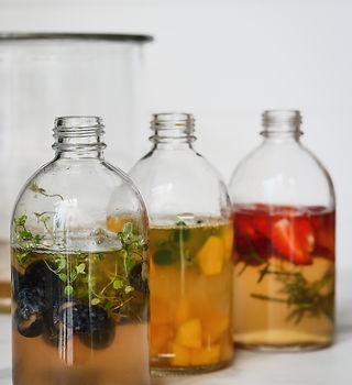 kombucha fermented drink, healthy bevera
