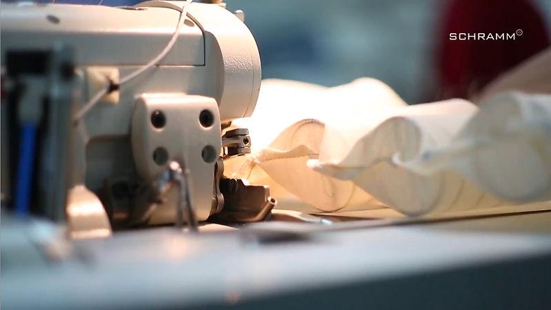 9. 詩蘭慕獨步全球的技術 手工縫製袋裝彈簧床墊.jpg