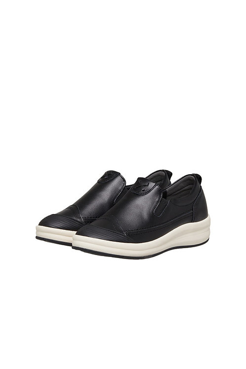 Round Slip-on (BLACK)