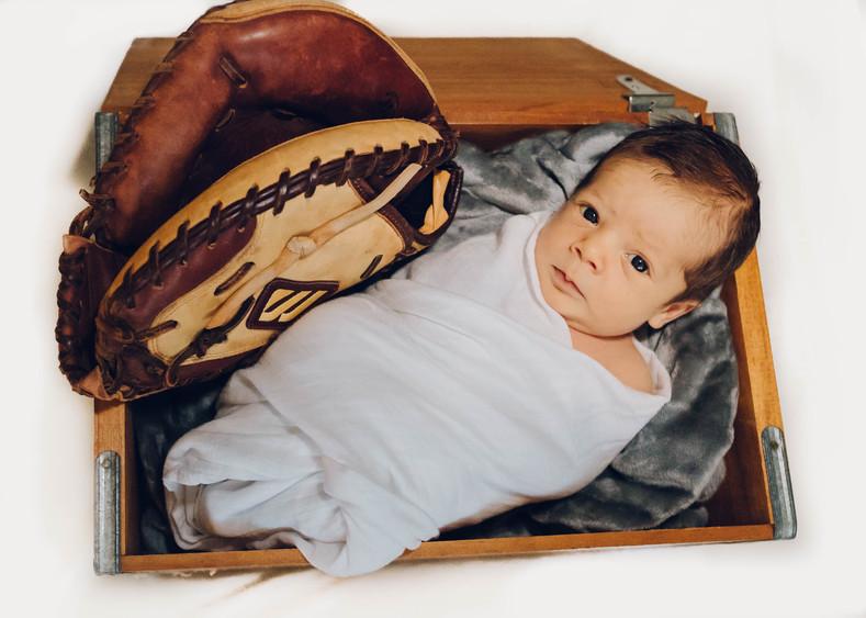 Newborn Easton Lyles (FB)-1.jpg