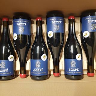 bouteilles-saint-amour-agape-1.jpg