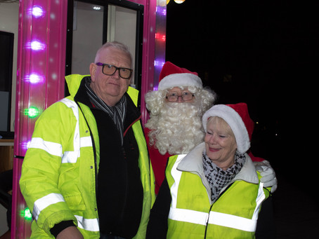 Santa at Kempston light switch on