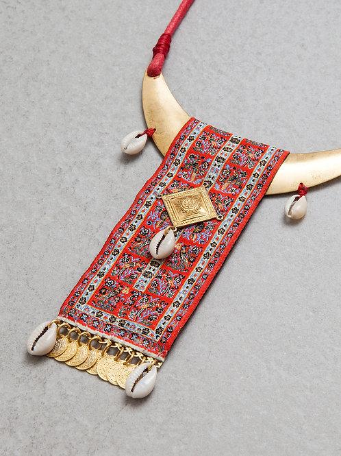 Flying Carpet Necklace