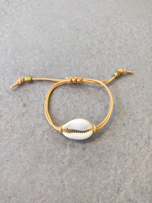 Natural Cowrie Bracelet