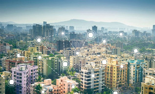 """That Smarts!Cities across the United States are joining the """"smart city"""" revolution but w"""
