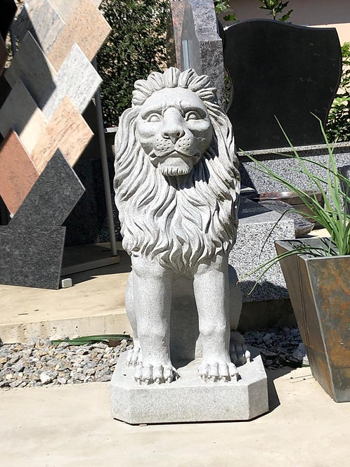 Naturstein Löwe