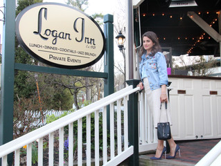 Cocktails at Logan Inn