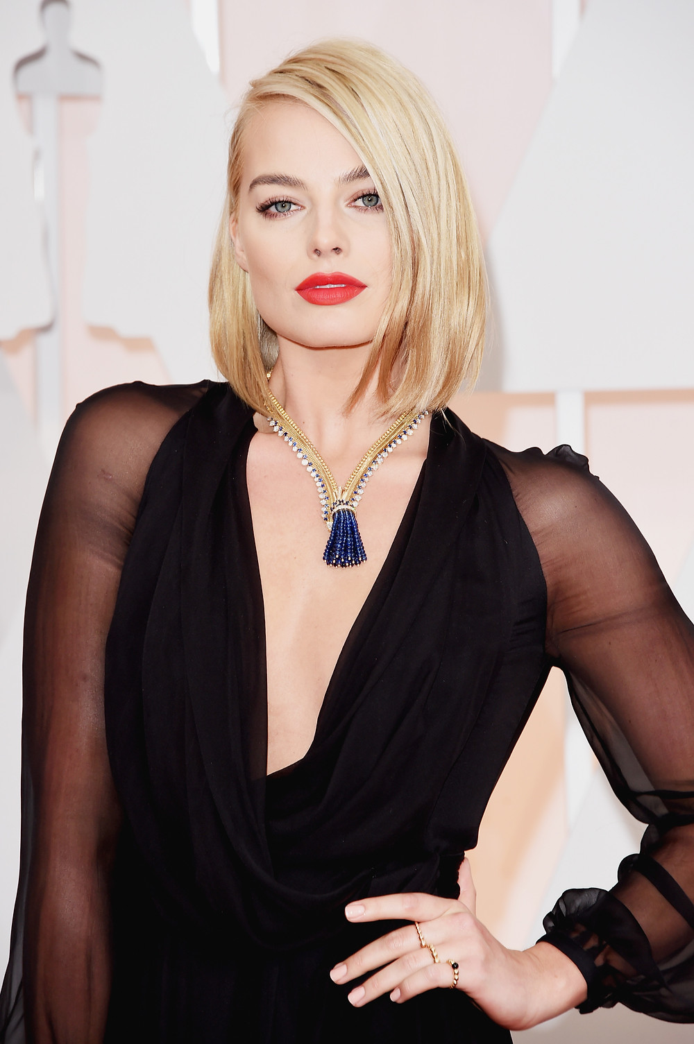Margot-Robbie-Oscars-2015-hires.jpg