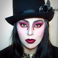 Kate Vampin it