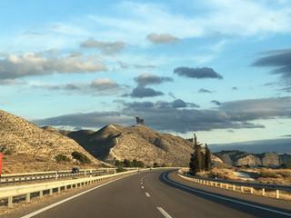 スペイン 高速道路の謎