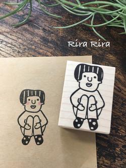 R064たまよちゃん体操座り☆ラバースタンプ_1