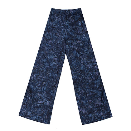 Aeros Trousers in Storm Chaser Batik
