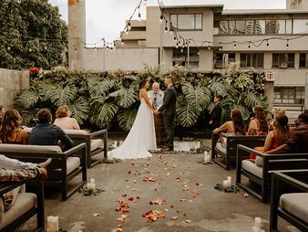 Hawaii Rooftop Wedding in Downtown Honolulu - Tchin Tchin