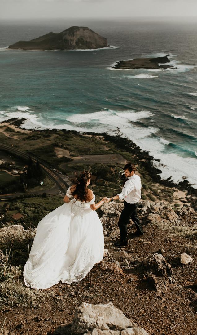 Hawaii-Cliffside-Adventure-Elopement-Photographer.jpg