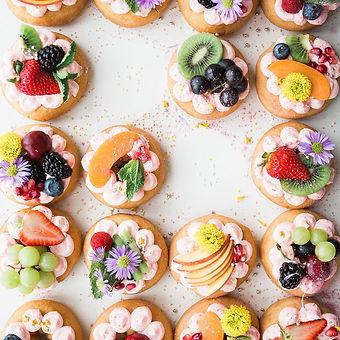 Dekoriert Donuts