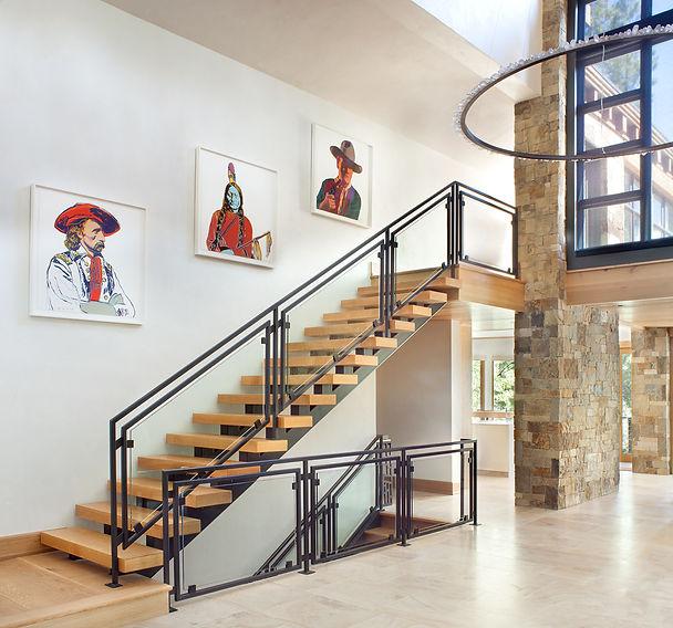 Art Appraiser, Larissa Wild, Fine Art Consulting, Art Consult, Online Art Consulting,  Art Painting Appraisal, Certified Art Appraiser, Art Appraisers