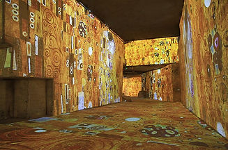 Immersive exhibition with famous paintings projected on the walls in a quarry in Les-Baux-de-Provence