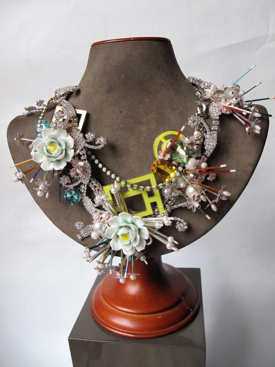 Geisha Wreath Necklace