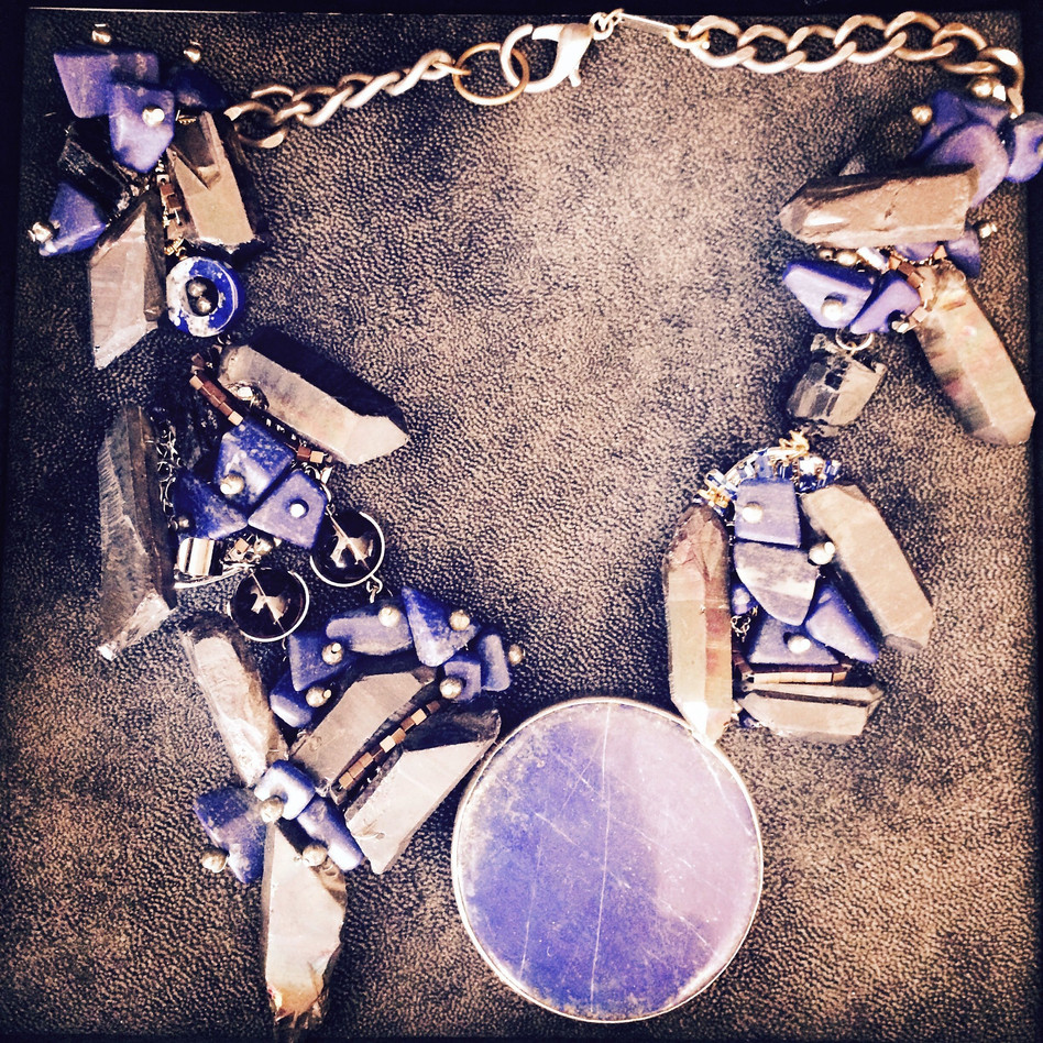 Lapis and Agate Wreath Necklace