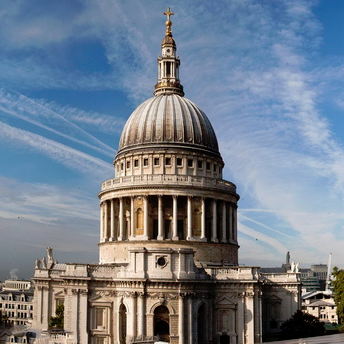 Crop St Paul's Panorama_edited