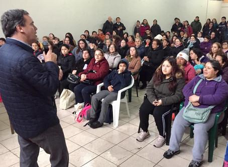 Senador Harboe anuncia 160 nuevos subsidios para familias del comité Barros Arana