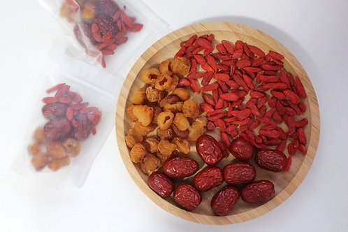 Dried Longan with Goji Berries and Red Dates Tea