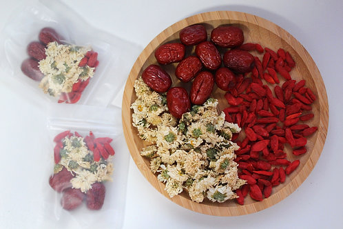 Dried Chrysanthemum with Goji Berries and Red Dates Tea