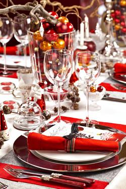 Weihnachtlich gedeckter Tisch-1
