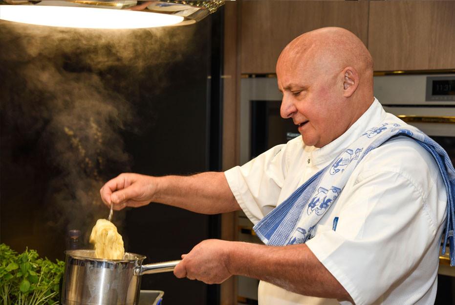 Aldo Zilli cooks fresh pasta