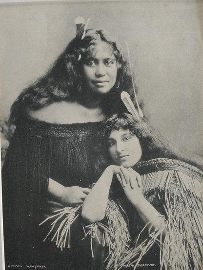A fair maiden by Iles Thames.  Platinotype Circa 1900
