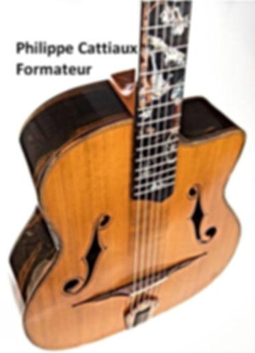 Lien vers le site de Philippe CATTIAUX qui a formé Thierry RESTA Artisan Luthier en France
