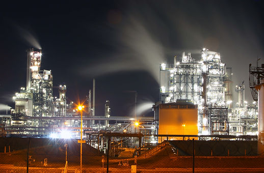 Petrochemical%20plant%20at%20night%20bla