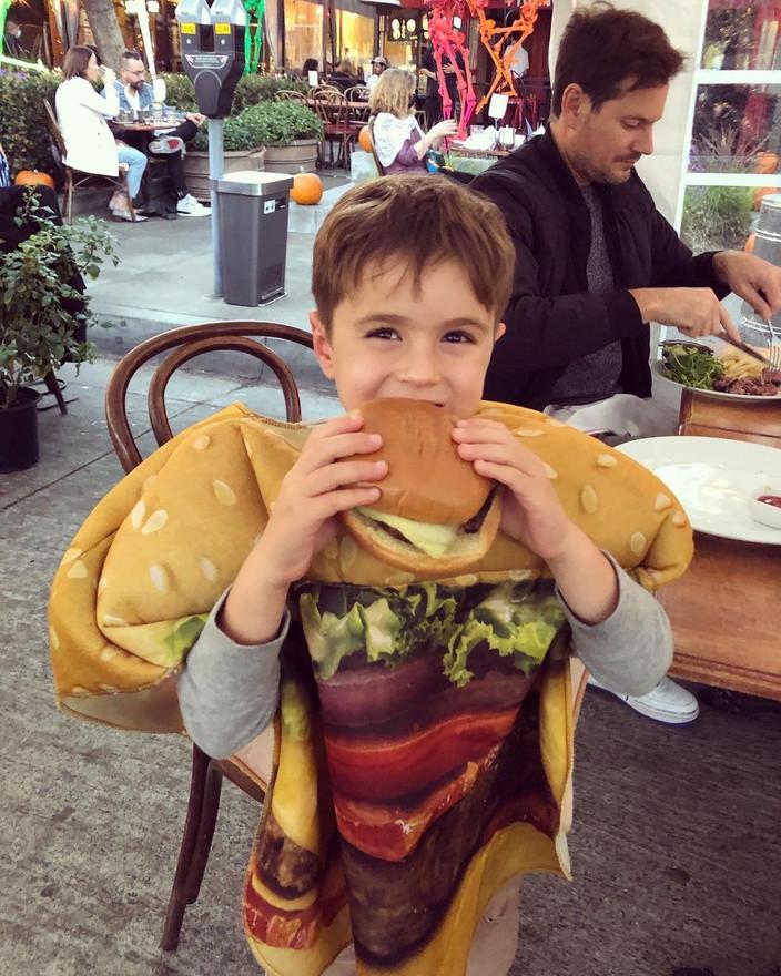 Hamburger Cannibalism