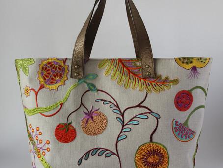 フランスの素晴らしい刺繍の生地でセミオーダー