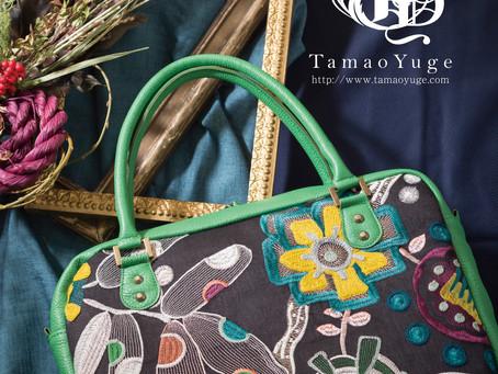 美しすぎる刺繍花のバッグです。