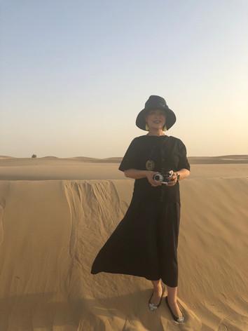 UAEドバイの砂漠にて