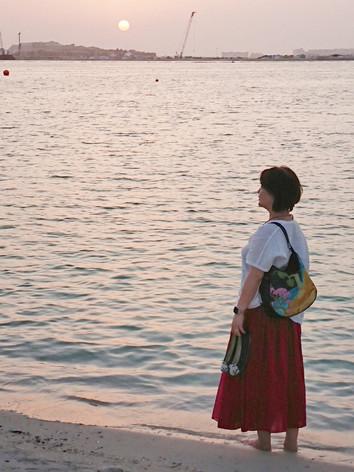 UAEドバイのホテルのプライベートビーチから眺める夕日