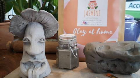 Make a mushroom Clay Kit