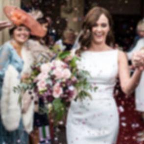 #stunningbride #hensolcastle #bridalbouq