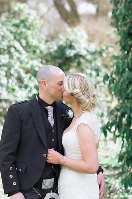 KIRKNEWTON HOUSE STABLES EDINBURGH WEDDING : NICOLA + SCOTT