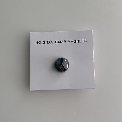 Black Hijab Magnet