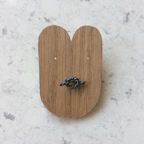 knot pin No.7