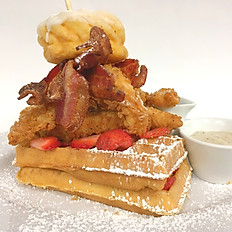 Canadian Chicken & Bacon  Waffle