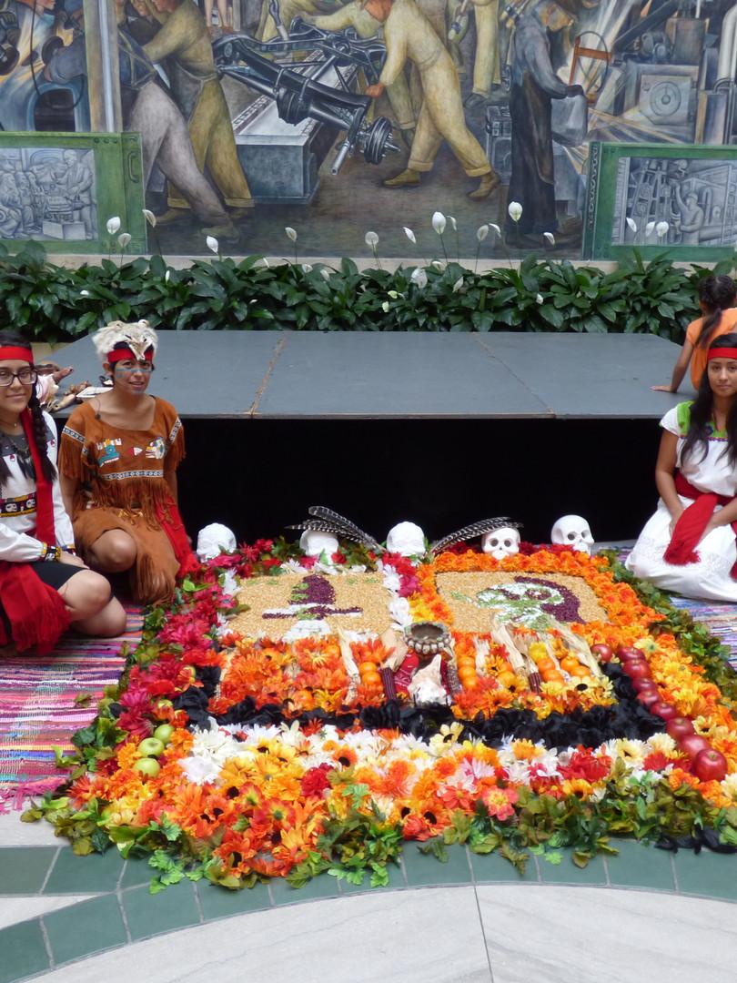 Tlahuikayotl Aztec dance group in Detroit