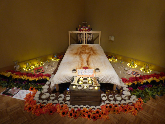 Day of the Dead Ofrenda Installations