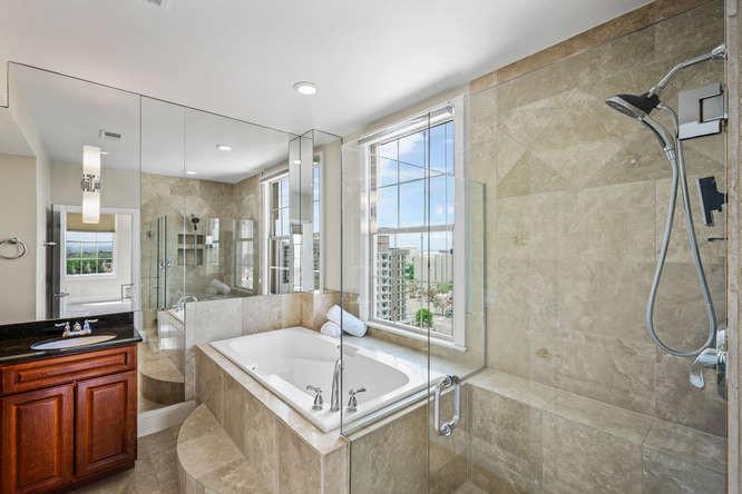 475 W 12th Ave-small-036-039-Bathroom-66